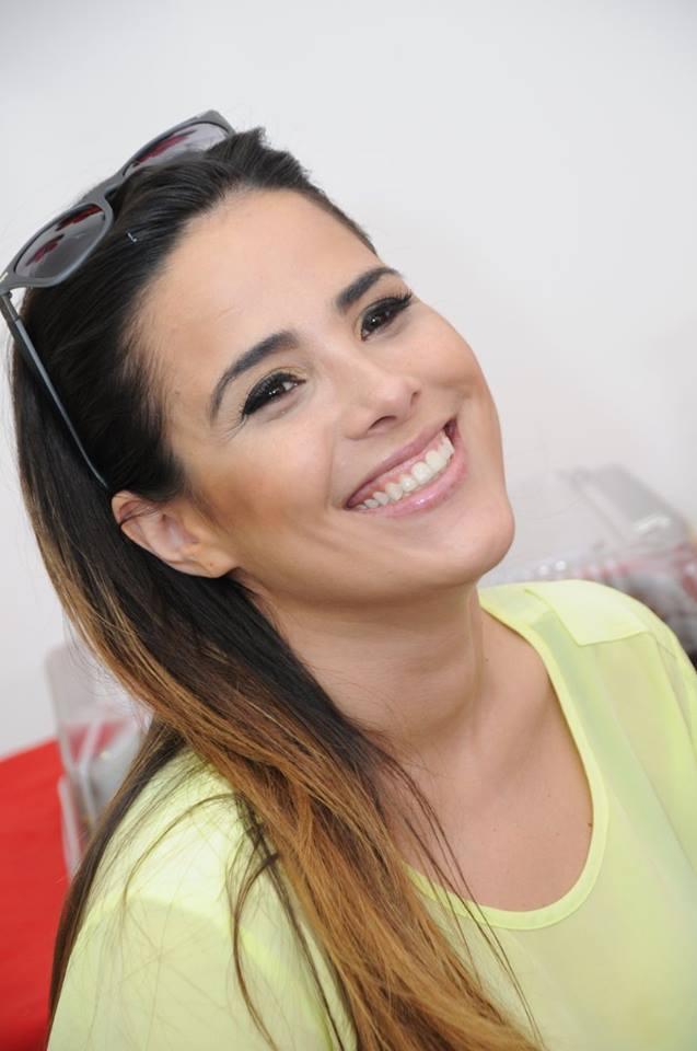 3975b968cfcf1 Cantora Wanessa na tarde de autógrafo (Foto  Luciana Santos Fotografia)